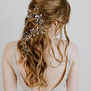 Haarstyling Frisur Variante 2 Haarschmuck - Salon Karin