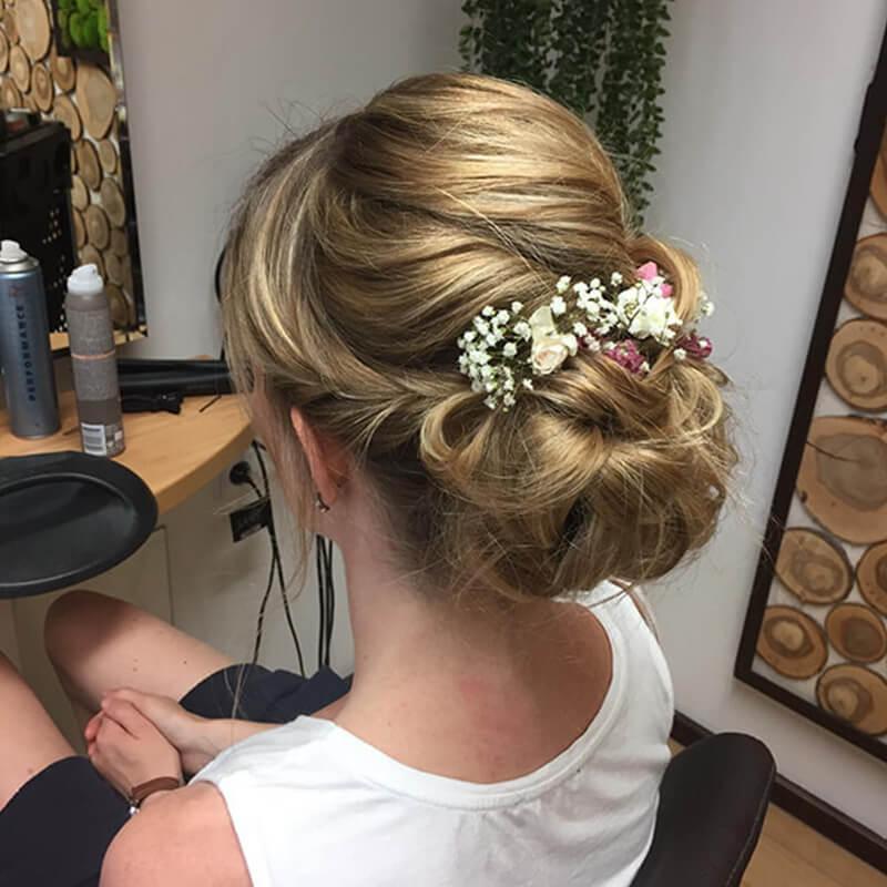 Haarstyling Frisur Variante 6 Haarschmuck - Salon Karin